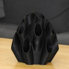 This print has been uploaded by Thomas Palm, Unbreakable vase :-) Printed in my Palmiga ETPU 95-250 Carbon Black filament