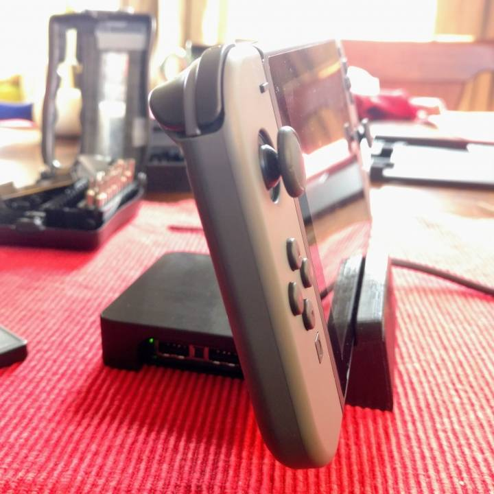 Picture of print of Zaku Nintendo Switch Dock Mod This print has been uploaded by greg