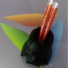 Picture of print of Darth Vader Pen Cup