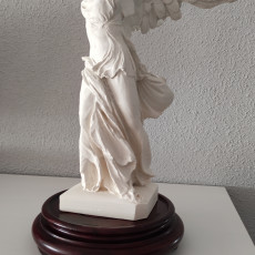 Picture of print of Winged Victory of Samothrace at The Louvre, Paris