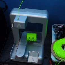 Picture of print of Oneplus One dock with horn amp