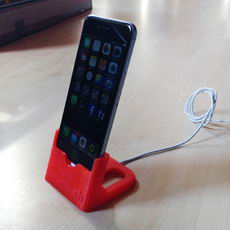 iPhone 6 Dock Stand