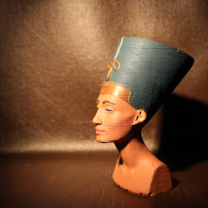 Picture of print of Bust of Nefertiti at the Neues Museum, Berlin