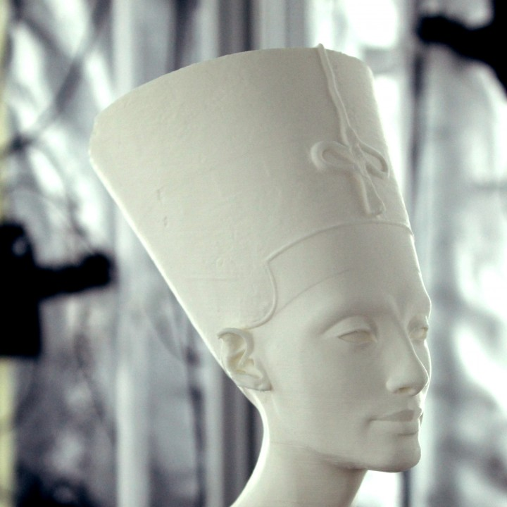 Bust of Nefertiti at the Neues Museum, Berlin