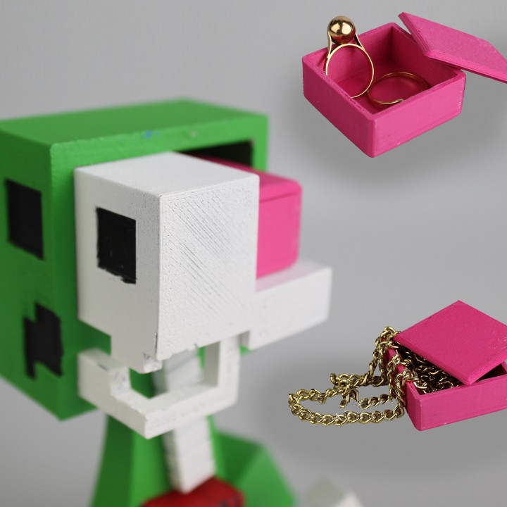 3D Printable brain box for the minecraft creeper anatomy by Kirby Downey