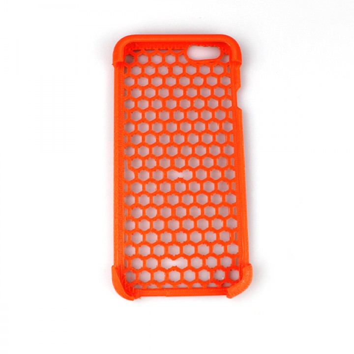 photograph about Iphone 6 Printable Case titled 3D Printable apple iphone 6 circumstance Honeycomb by way of Edson Provide