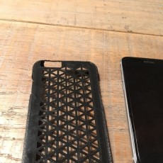 Picture of print of Triangles iphone 6/6S case Questa stampa è stata caricata da nick braakhuis