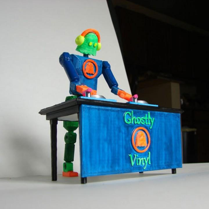 Ghostly Vinyl Robot DJ