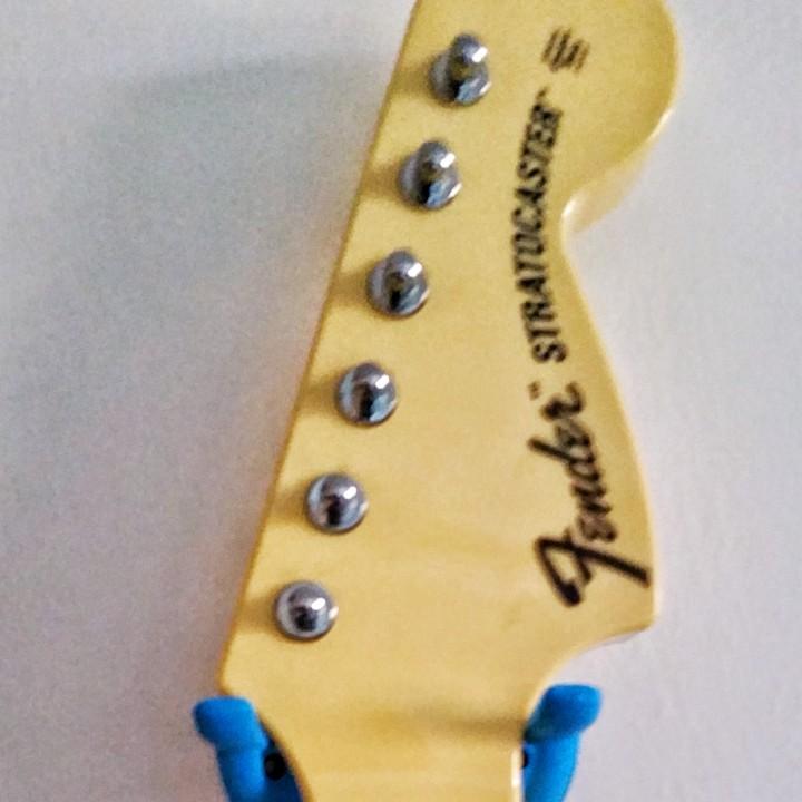 PS3/ XBox Guitar Game Controller Wall hanger