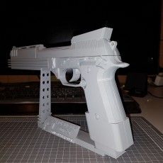Picture of print of Auto9 Pistol from Robocop