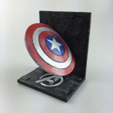 Picture of print of Captain America bookend Questa stampa è stata caricata da Laura Pantaleone