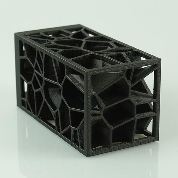 Voronoi lamp  (LQ version!!!)