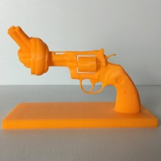 Picture of print of No-violence gun in Lausanne, Switzerland