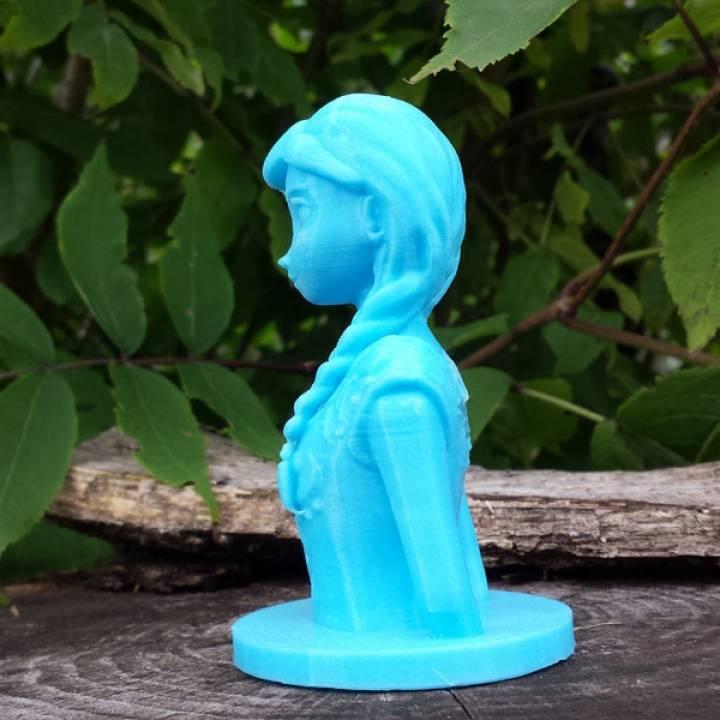 Frozen: Anna Bust