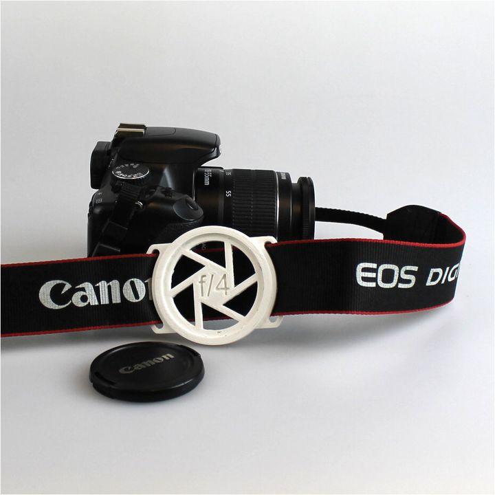 Lens cap holder for 58mm diameter lens