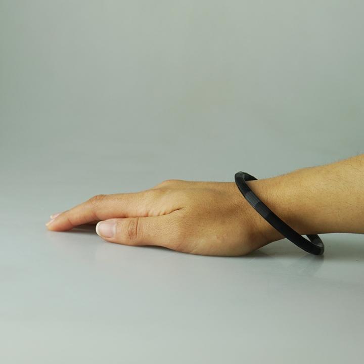 Oval Bangle Bracelet 01 by Donza3D