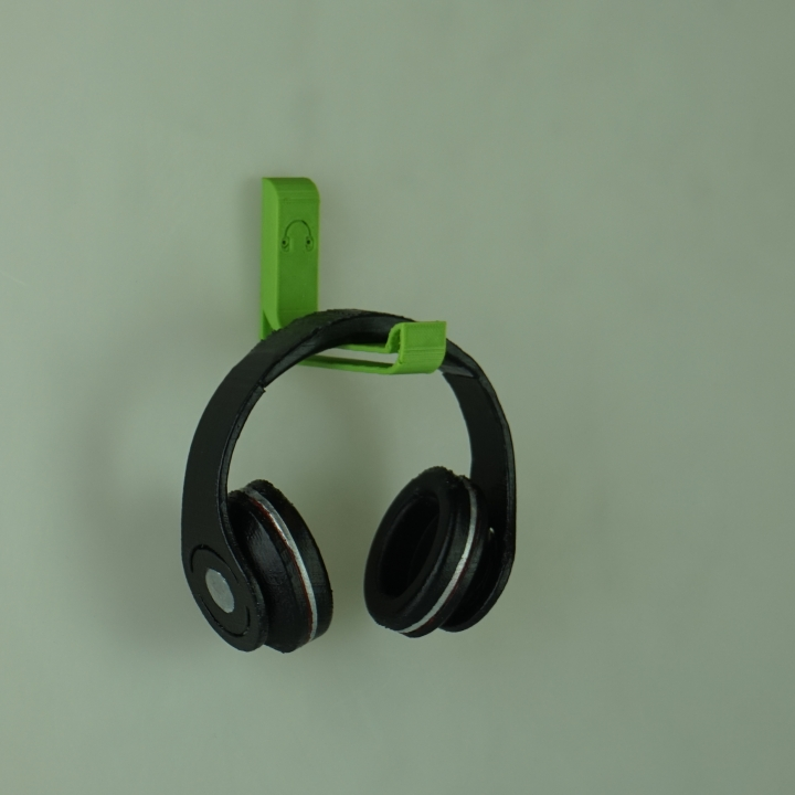 Headphone Hanger Designed By Tom Lucette