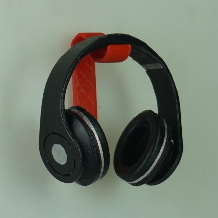 3d printable silverstone wall mounted headphone holder by nicholas starkey - Wall mount headphone holder ...