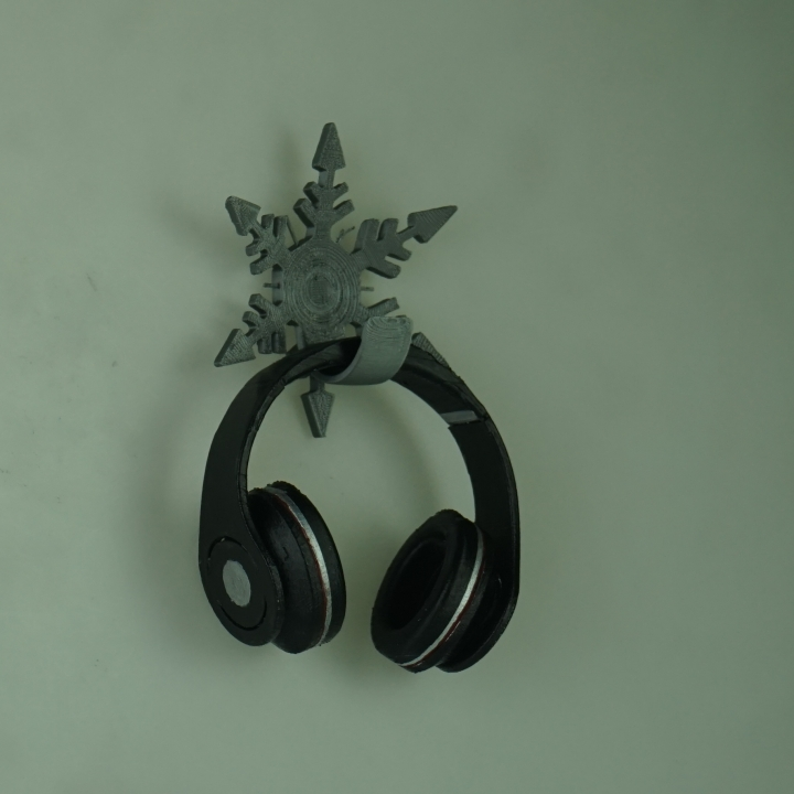3d printable silverstone icecrystal wall mounted headphone holder by neil cross - Wall mount headphone holder ...