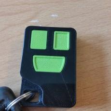 Picture of print of Volvo remote control case