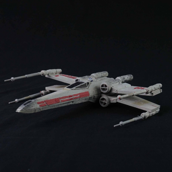 Articulated X-wing