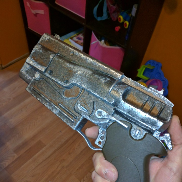 Picture of print of Fallout 4 - 10mm Pistol This print has been uploaded by Paul Wilson