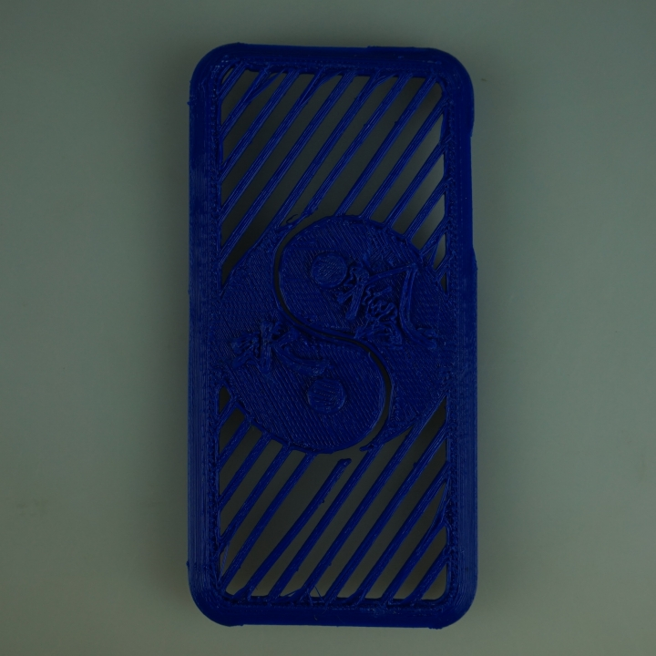 Apple I phone 4 Feng Shui case