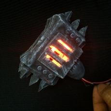 World of Warcraft Weapon  Black Hand  Battle Mops?