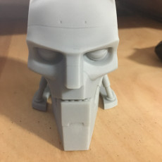 Picture of print of A.B.C. Warrior robot bust (Judge Dredd 1995)