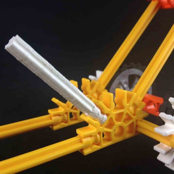 Knex joint