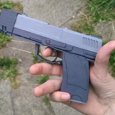 HL2 9mm Pistol