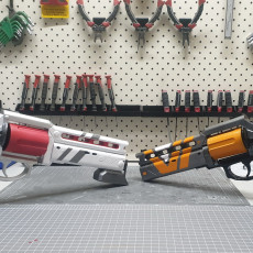 Picture of print of The Devil you Know hand cannon from Destiny