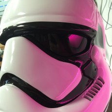 Picture of print of Fully Wearable Star Wars VII Storm Trooper Helmet 这个打印已上传 Oasim Karmieh