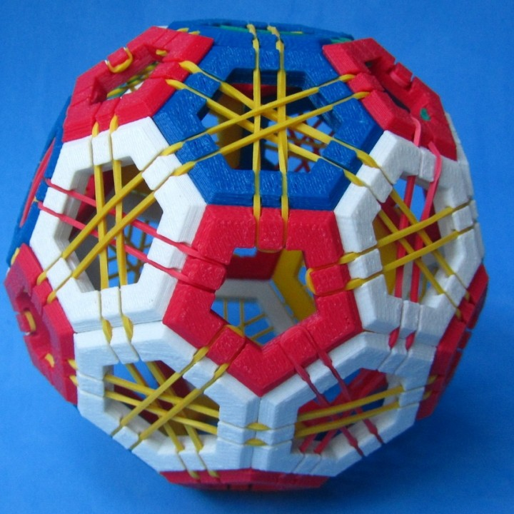Picture of print of Truncated icosahedron puzzle This print has been uploaded by Paulo Ricardo Blank