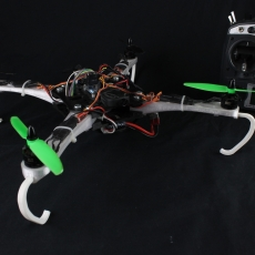 Drone quadcopter FPV indestructible