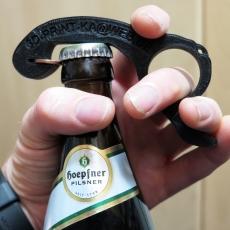 Bottle opener, one handed | Flaschenoffner, Einhandoffner