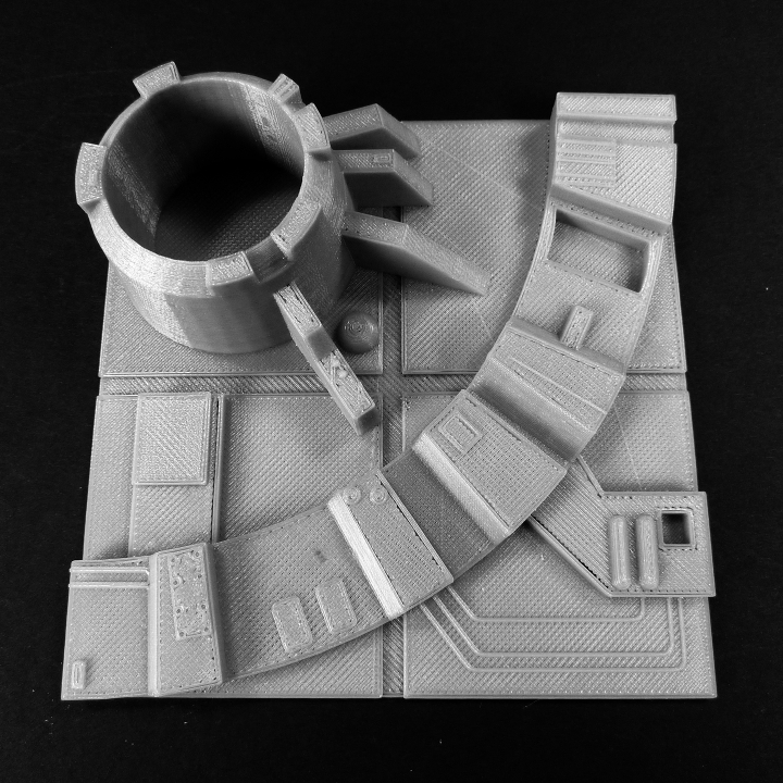 3D Printable Death star tiles by Israel Melendez