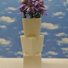 multilevel vase