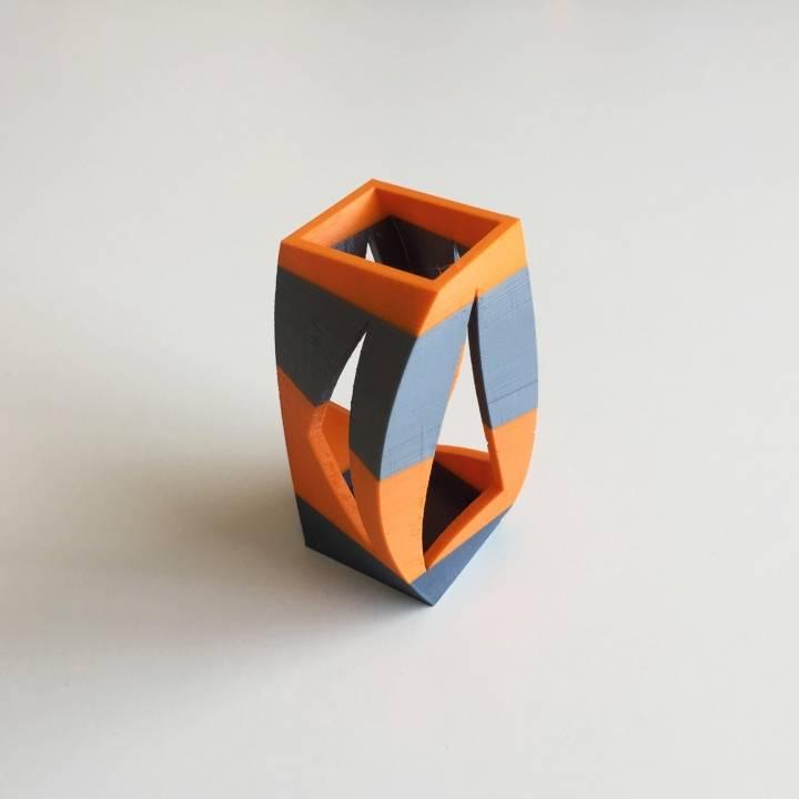 Box Vase 7