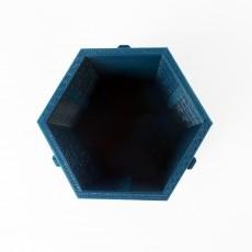 Yobox - Expandable, Modular yoyo Hive