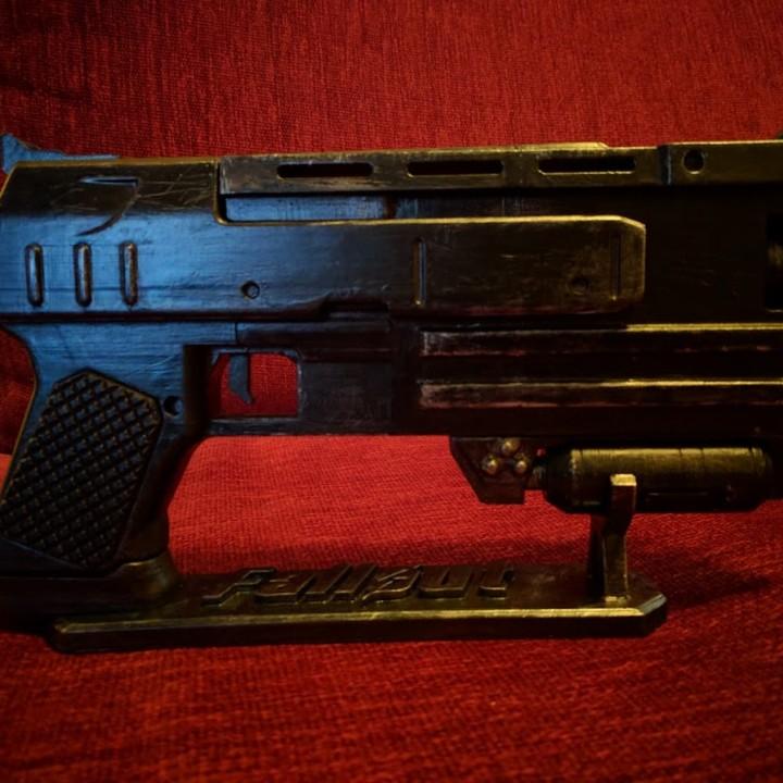 Fallout 3 - 10mm Pistol