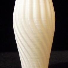 Beautiful Twisted Flower Vase