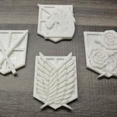 Attack on Titan - Shingeki no Kyojin - Military Emblem Badges