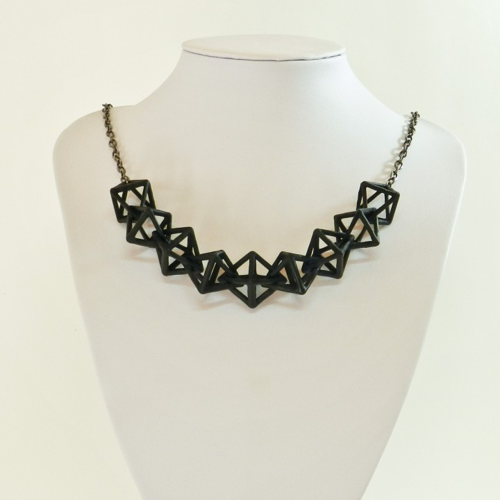 Linked Diamonds Necklace and Earring