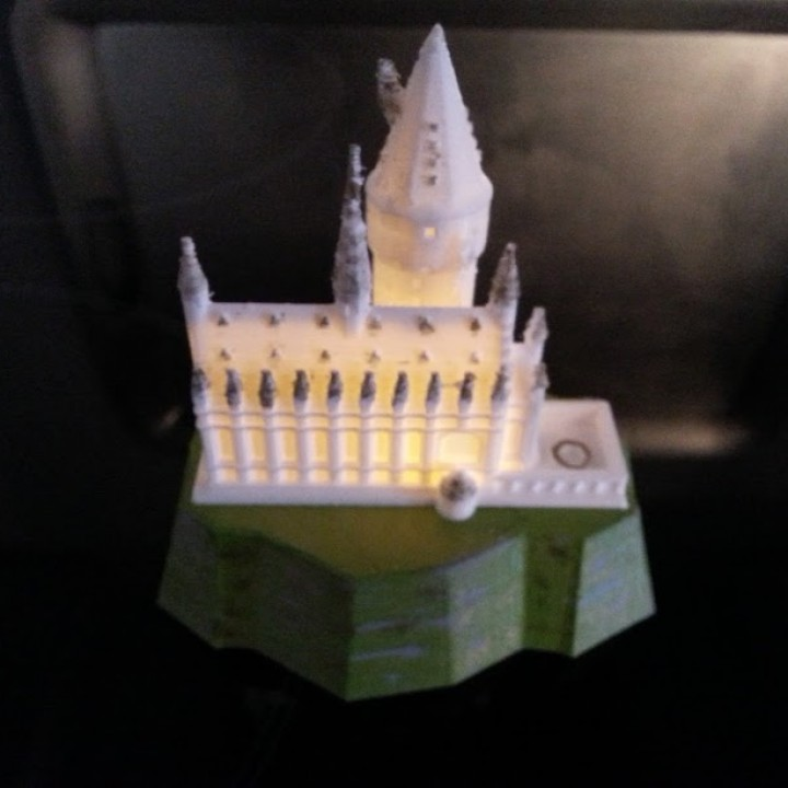 Picture of print of Hogwarts Castle lamp This print has been uploaded by Pilla Leitner