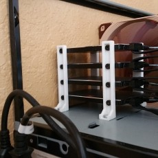 4 SSD(2.5 in drive) mount