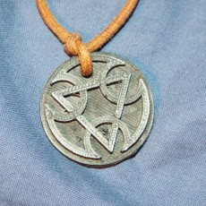 "Picture of print of Lin-Kuei medallion by ""ARTISTIC DEFENSE"""