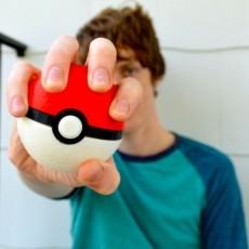 Pokeball with Magnetic Clasp