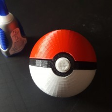 Picture of print of Pokeball with Magnetic Clasp