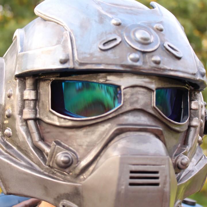 Gears Of War - Carmine's Helmet (wearable)